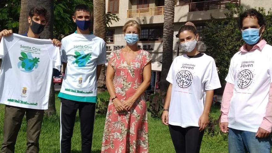 La capital desarrolla un proyecto para la limpieza y recogida de residuos de rincones de la ciudad