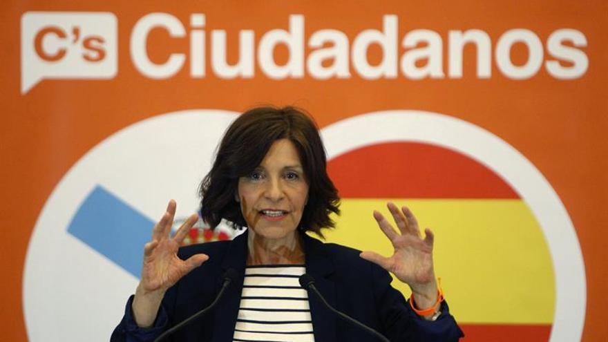 Girauta considera inmoral el paso de Barberá y lo vincula al pacto con el PP