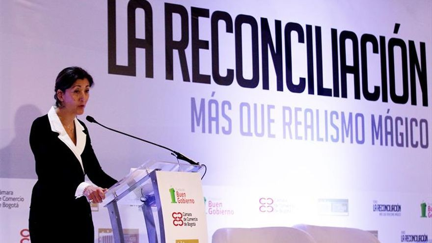Betancourt pide que Colombia aprenda de los errores para alcanzar la paz