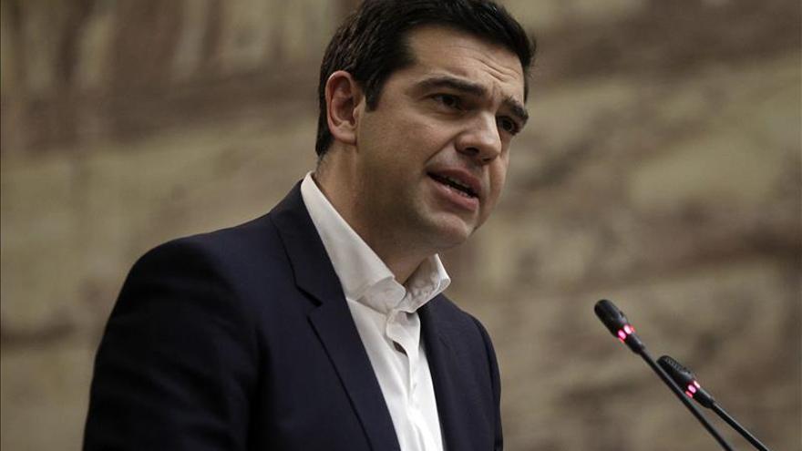 Tsipras y Li discuten aumentar la cooperación financiera entre China y Grecia