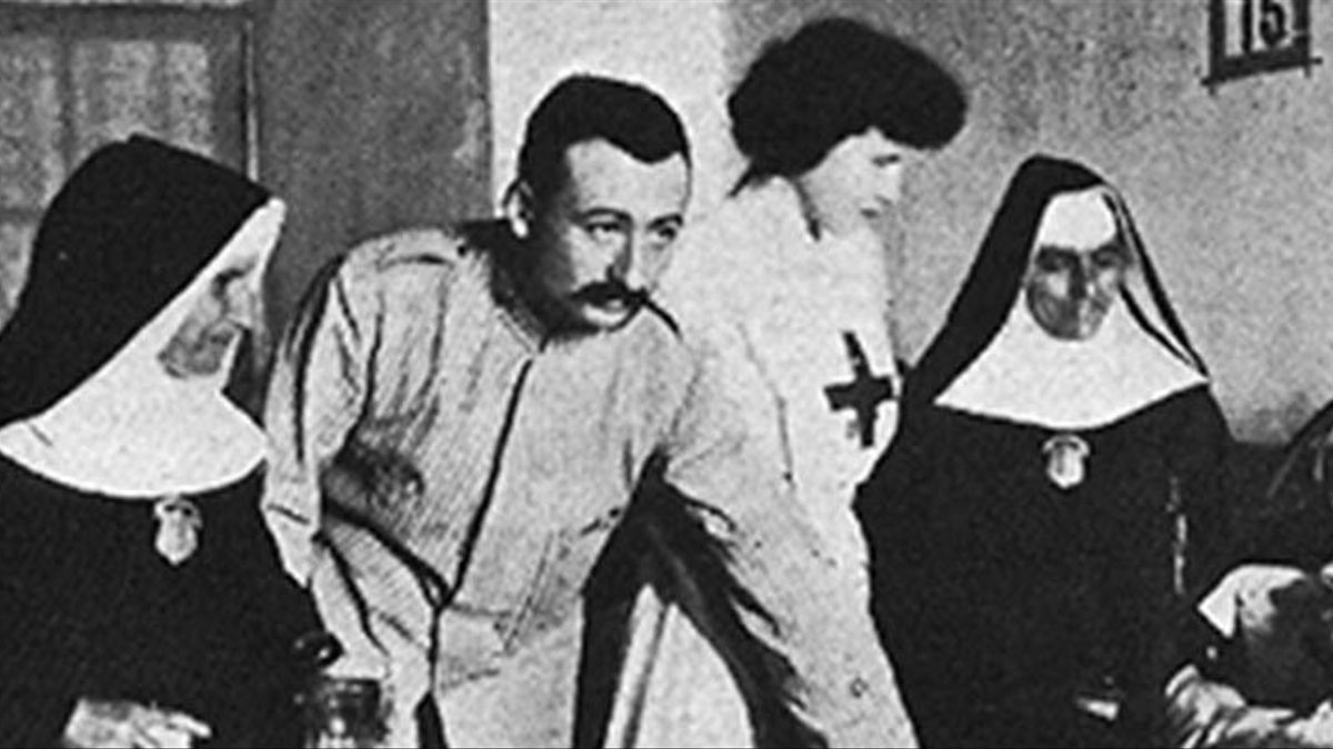 Fidel Pagés Miravé trabajando