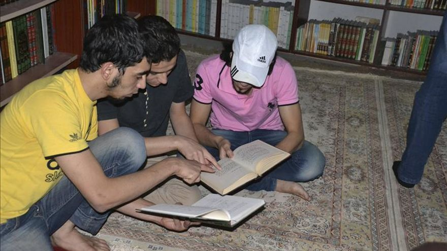 Una biblioteca subterránea a prueba de bombas en Siria