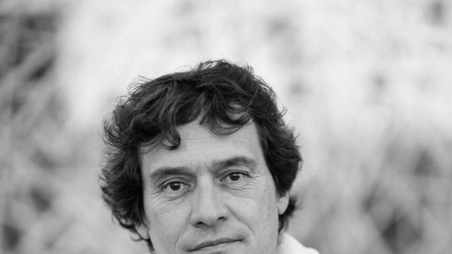 Alejandro Krawietz, poeta tinerfeño
