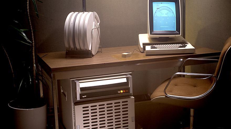 Xerox Alto, fabricado en 1973, fue el primer ordenador con una interfaz gráfica de usuario