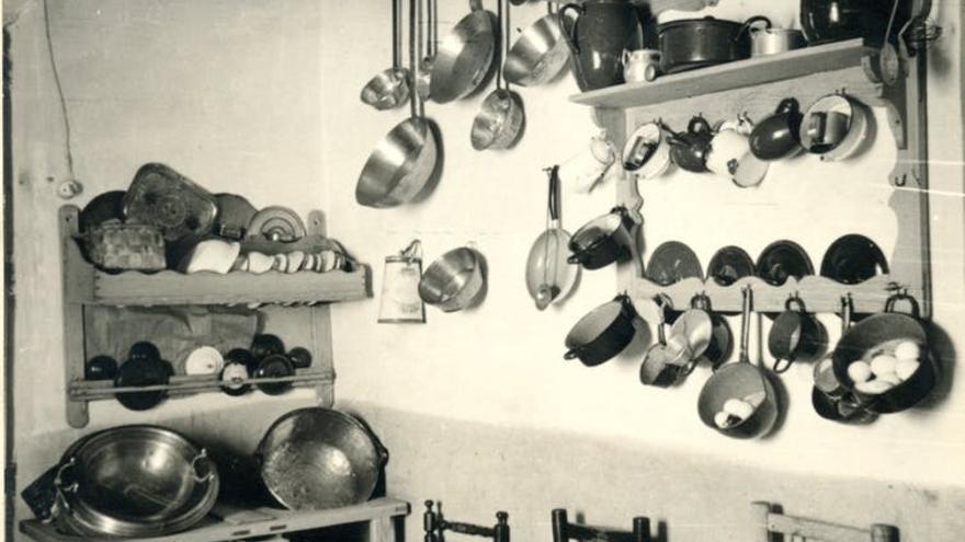Cocina tradicional de Herrera de Alcántara. Años 60 del siglo XX.