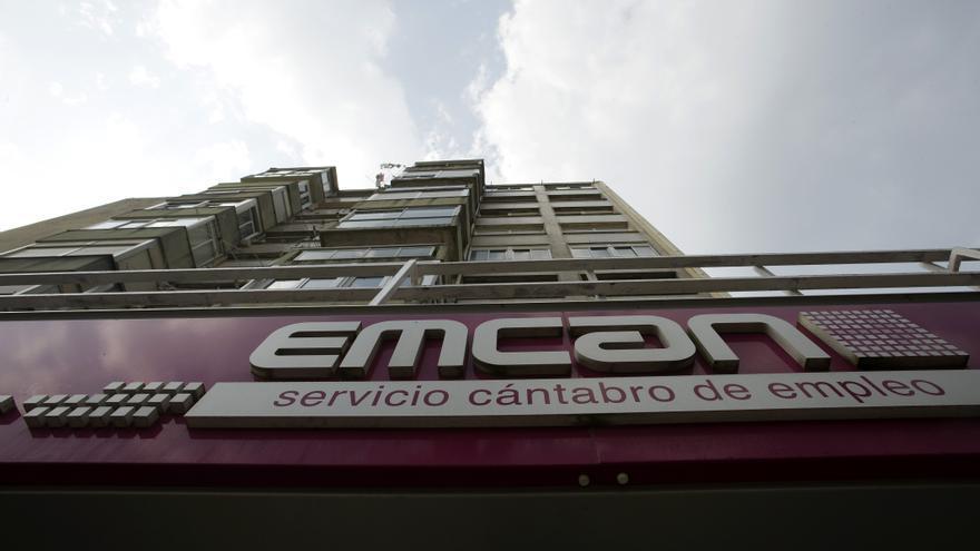Cantabria cuenta con 44.495 desempleados inscritos en el Servicio Cántabro de Empleo. | JOAQUÍN GÓMEZ SASTRE