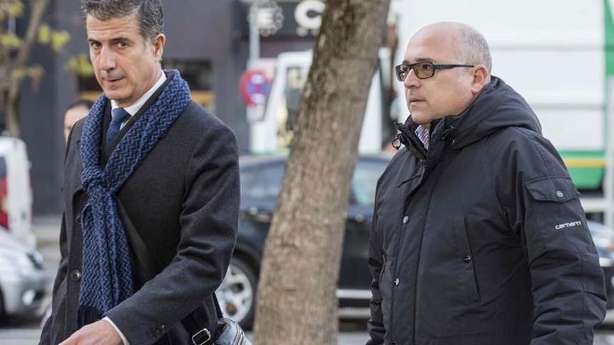 Gonzalo Susaeta, con Alfredo de Miguel, este lunes
