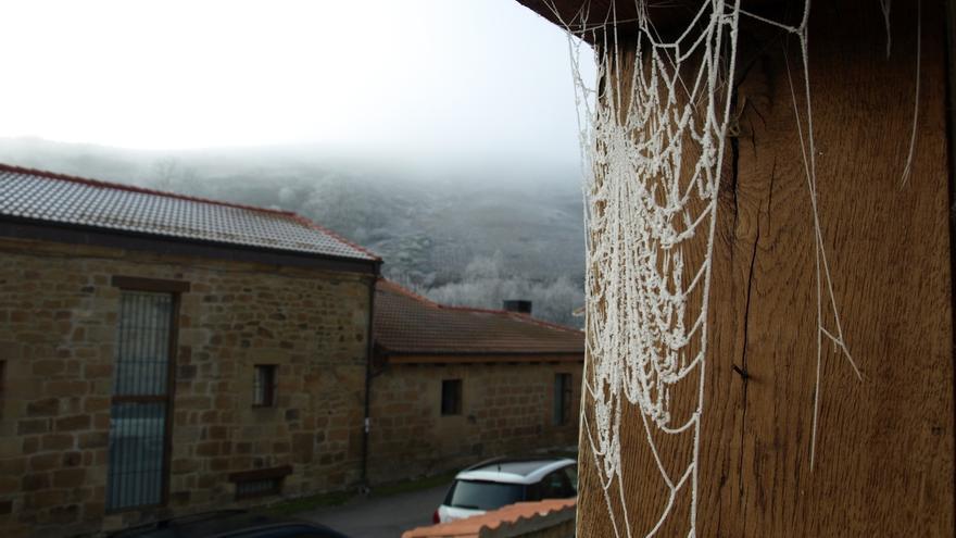 Alto Campoo supera los 10 grados bajo cero y Fuente Dé los -5