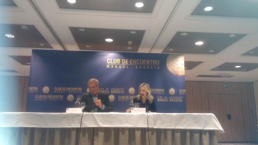 El alcalde de Valencia, Joan Ribó, durante la intervención en el Club de Encuentro Manuel Broseta