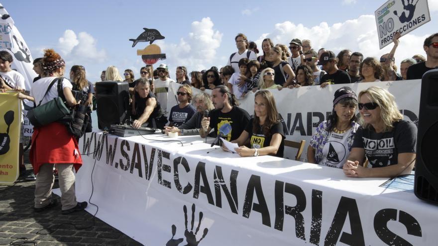 Concentración de la 'Flota Sandía' en Corralejo | Save Canarias