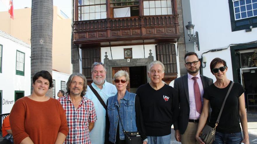 Louis Agnesi  (centro), rector de The University of the Incarnate Word, ha visitado la sede de la UNED en Santa Cruz de La Palma.
