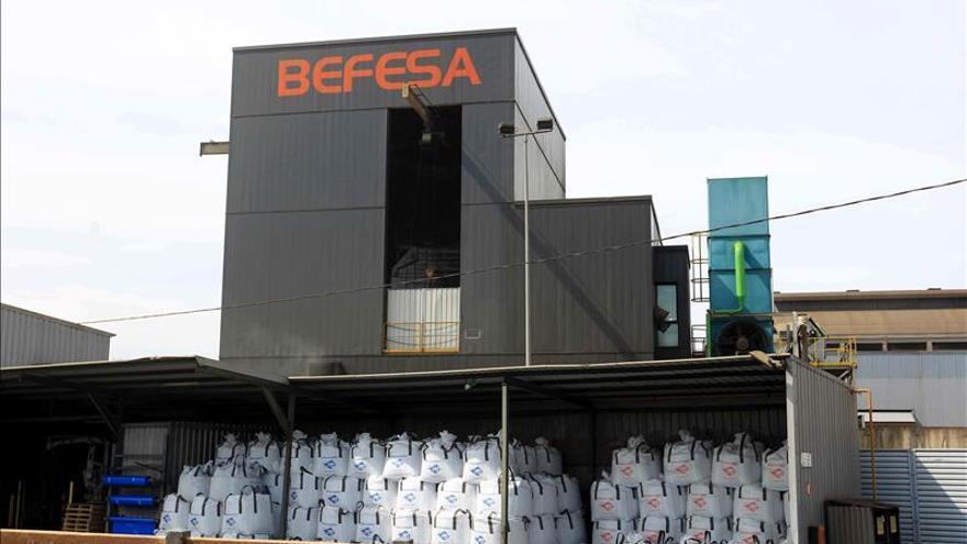 Cinco trabajadores heridos por quemaduras en la planta de Befesa en Erandio