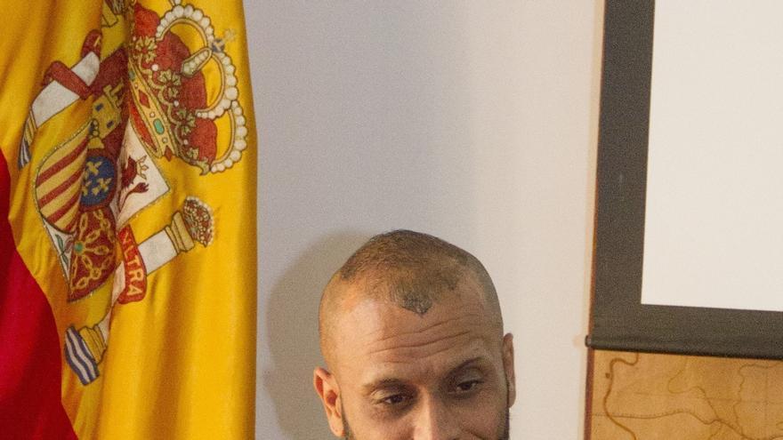 Guillermo de Jorge, heterónimo de Guillermo George, autor del poemario