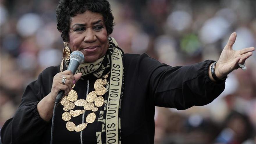 Aretha Franklin carga contra su biógrafo
