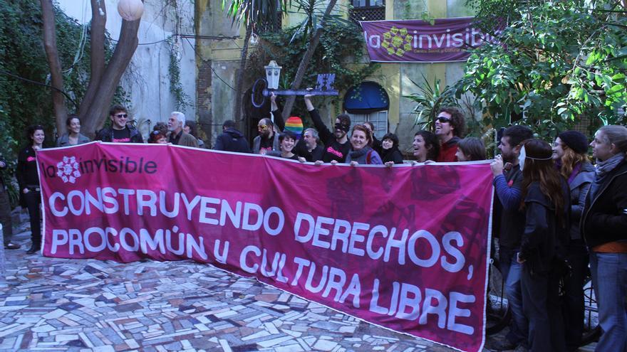 Manifestación en apoyo a La Casa Invisible