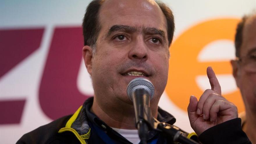 """El Parlamento venezolano desaprueba por """"inconstitucional"""" el estado de excepción"""