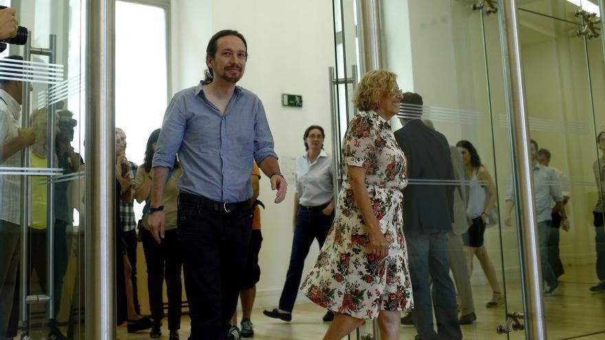 Pablo Iglesias y Manuela Carmena. Foto de archivo.