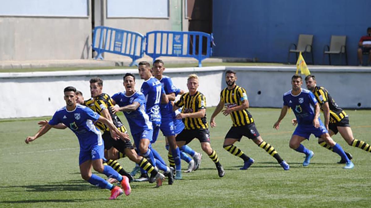 Jugadores de la UD San Fernando durante un partido