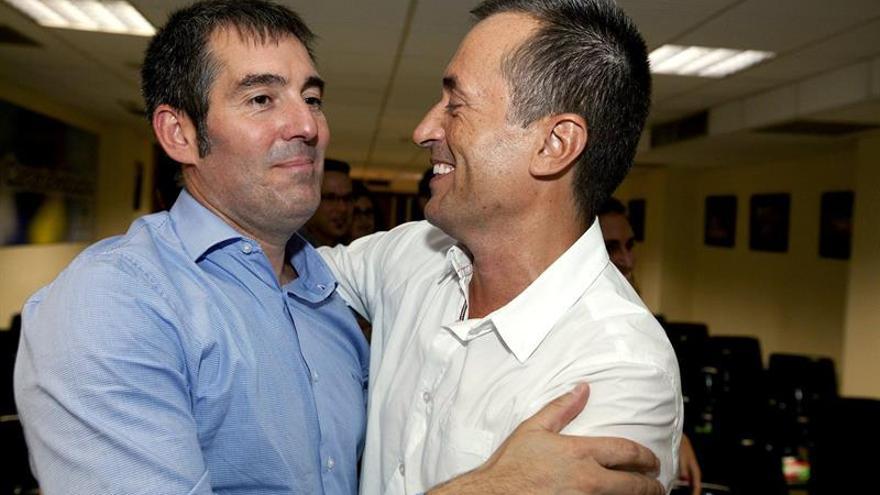 Tenerife apoya a Fernando Clavijo como candidato a la presidencia (EFE/Ramón de la Rocha)