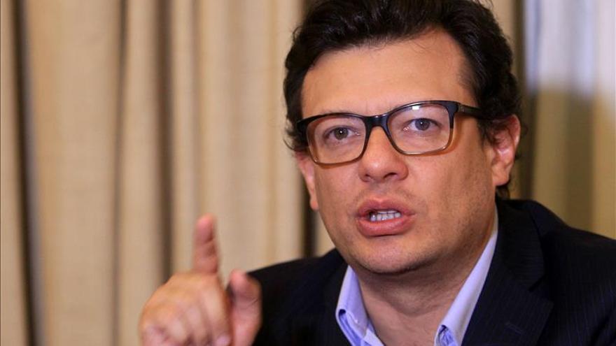 El periodista Hollman Morris anuncia su precandidatura a la alcaldía de Bogotá