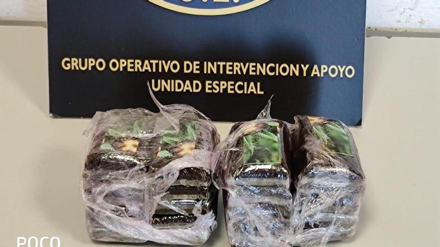 Detenido en 7 Palmas con 20 tabletas de hachís encima