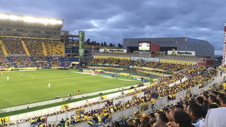 Afición de la UD Las Palmas en el partido contra el Real Madrid (Canarias Ahora)