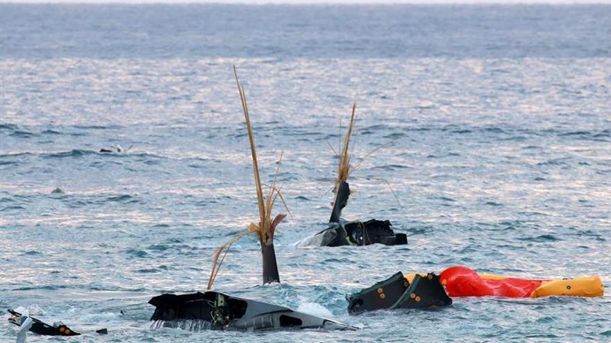 """Tokio califica de """"lamentable"""" el accidente de un Osprey de EEUU en sus aguas"""