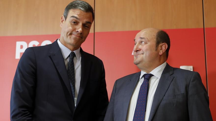Pedro Sánchez y Andoni Ortuzar en una reunión en Madrid en septiembre de 2019.