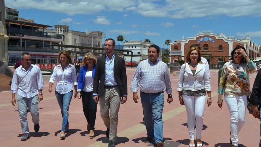 """Maroto dice que PSOE """"ya no es alternativa"""" al PP y que frente a la izquierda """"radical"""" los moderados son mayoría"""