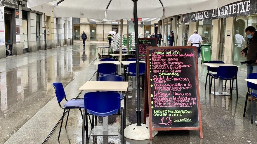 Euskadi decreta el cierre la hostelería en Vitoria y otros siete municipios de Bizkaia por la alta incidencia de la COVID-19