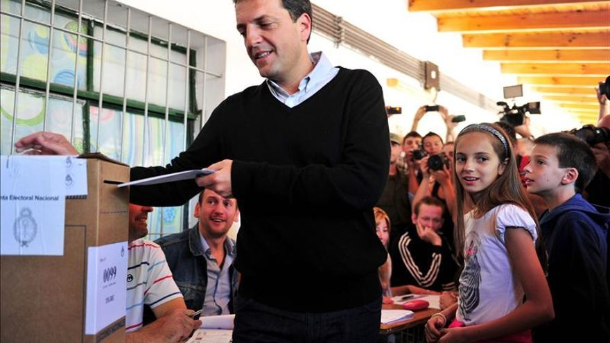 El oficialismo en Argentina sufre una dura derrota en unos comicios legislativos clave