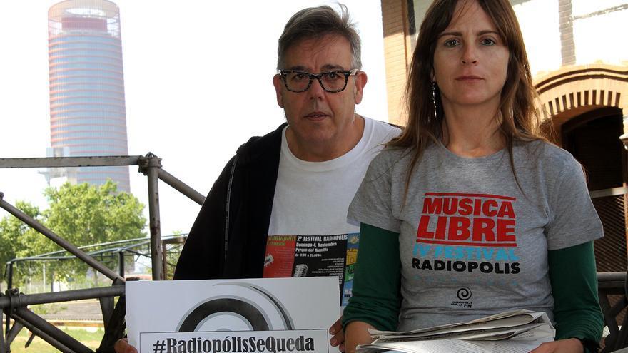 Ismael González y María Navarro, de Radiópolis.