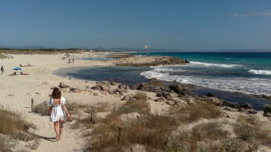 Camino de la playa en Playa de Levante. Banalities (CC)