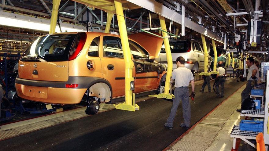 El IVA encarece el litro de los carburantes entre 3,6 y 3,8 céntimos de media