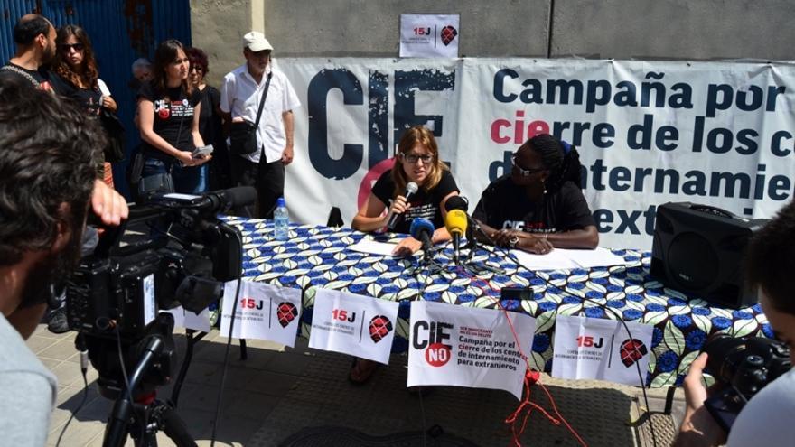 Portavoces de la plataforma 'Cies No' en rueda de prensa