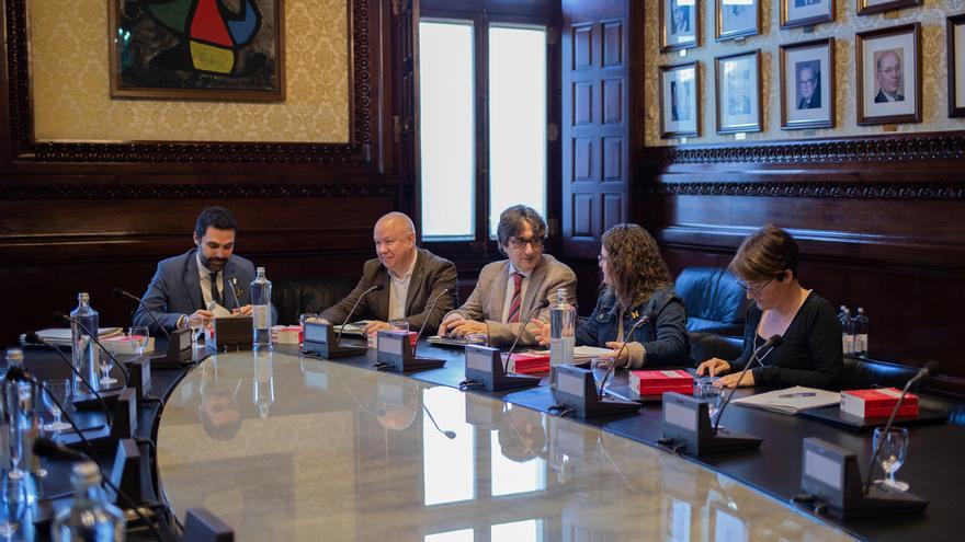 La Mesa del Parlament rechaza tramitar el proceso de cese de Ribó impulsado por Cs