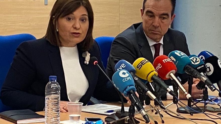 La líder del PP valenciano, Isabel Bonig, en rueda de prensa.