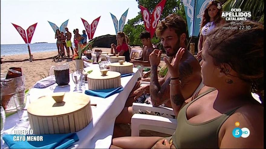 Gloria Camila y Paola Caruso se enzarzan en 'Supervivientes' por un chuletón