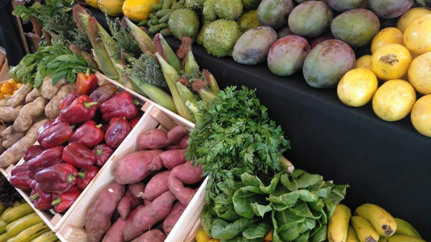 Canarias solicita a los ayuntamientos la autorización de la venta directa en los mercadillos para garantizar la trazabilidad de la producción primaria