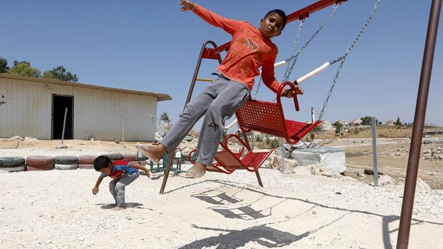 Las autoridades israelíes derriban una escuela palestina en Cisjordania