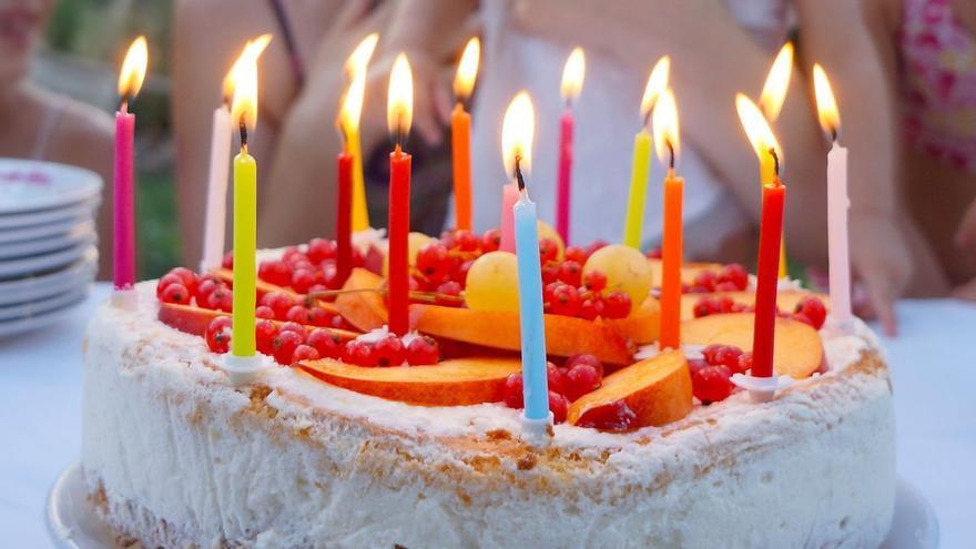Una fiesta de cumpleaños en Fuerteventura, origen del único brote de COVID-19 en la isla esta semana