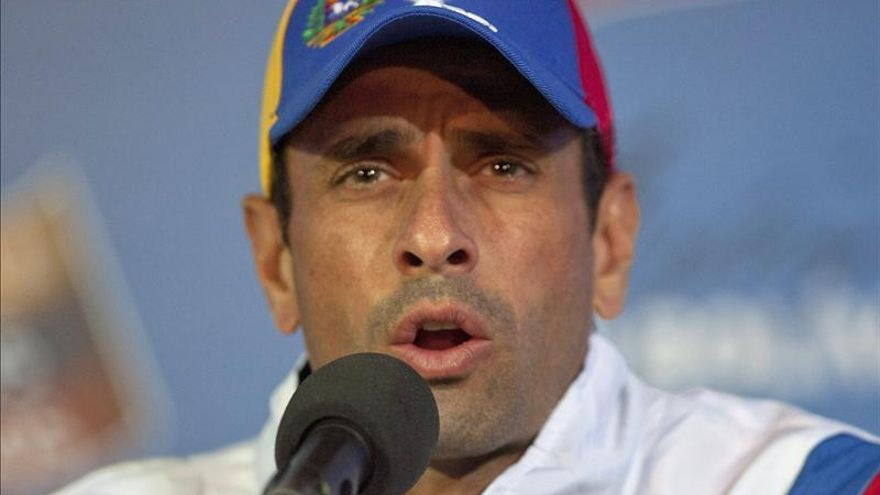 """Capriles vaticina una """"derrota aplastante"""" del oficialismo en las municipales"""