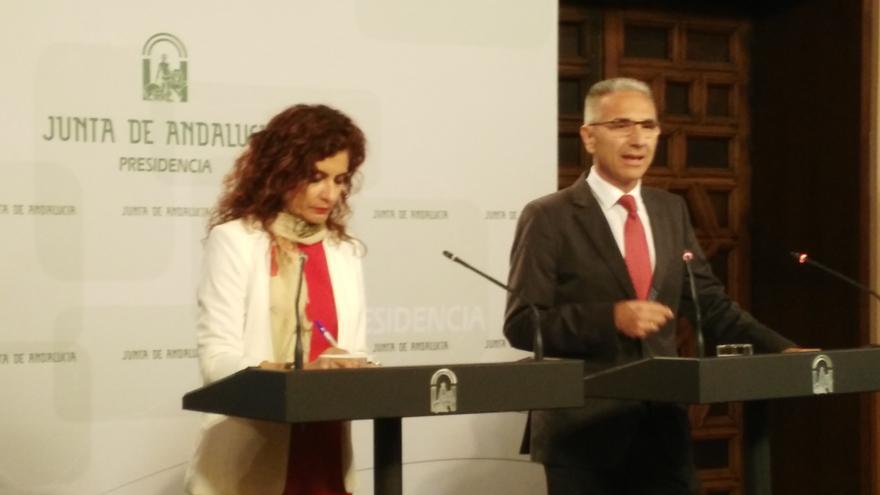 María Jesús Montero y Miguel Ángel Vázquez.