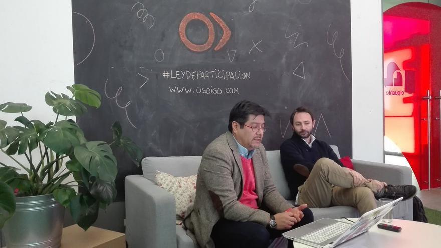 César Cruz y Francisco Jurado en la presentación del borrador de la Ley de Participación