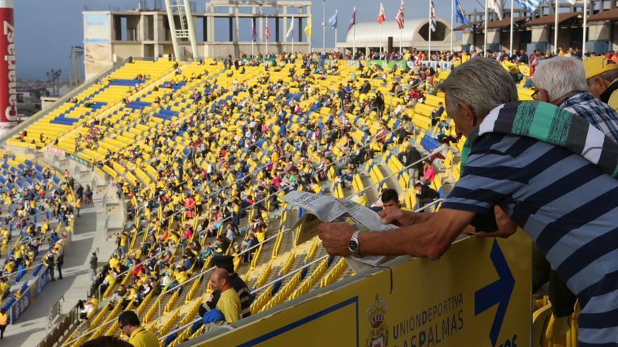 Partido entre la UD Las Palmas y el Celta de Vigo en el Estadio de Gran Canaria. (Alejandro Ramos).
