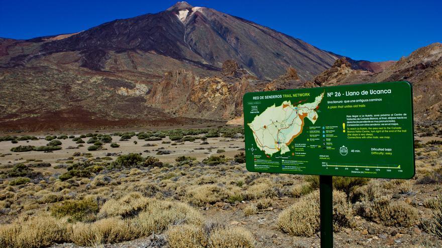 Llanos de Ucanca con el Teide de fondo, una de las 'postales' recurrentes del Parque Nacional.