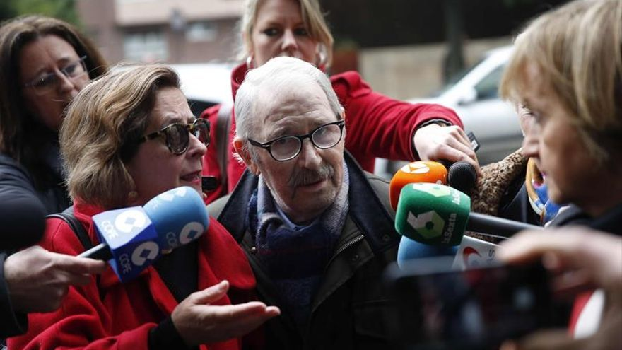 La Fiscalía pide 5 años de cárcel para Fernández Villa por apropiación indebida