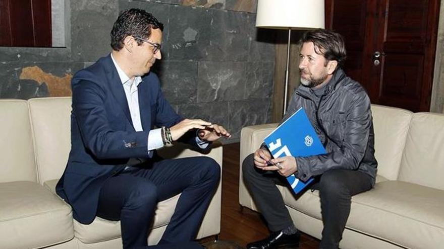 Pablo Rodríguez y Carlos Alonso, en la primera cita entre ambos tras el primero ser nombrado consejero