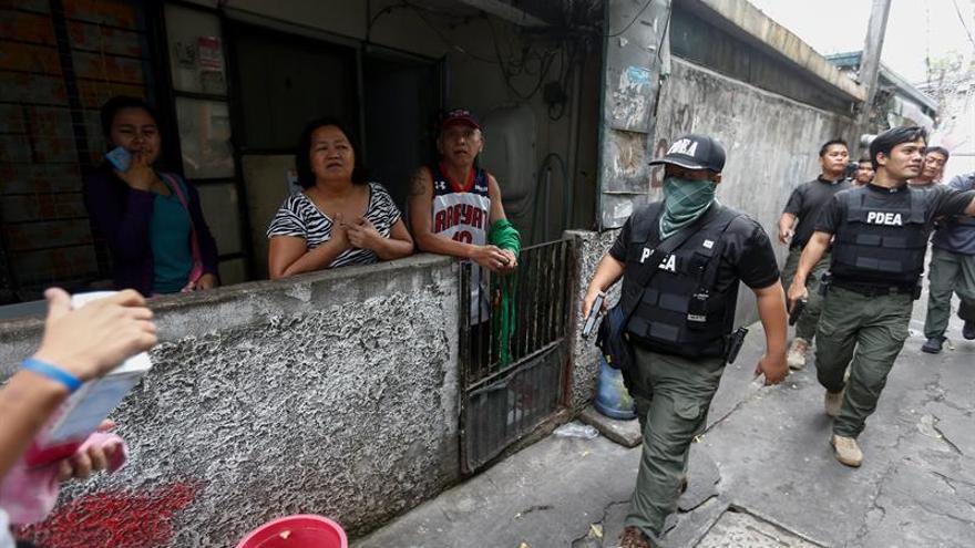Gobierno filipino y rebeldes comunistas retoman las negociaciones de paz