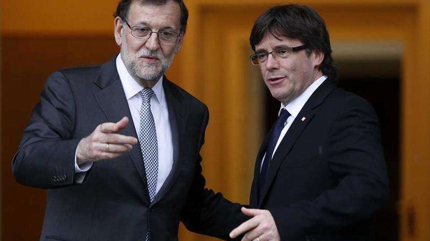 Rajoy y Puigdemont se ven hoy en Oporto tras anuncio de referéndum unilateral
